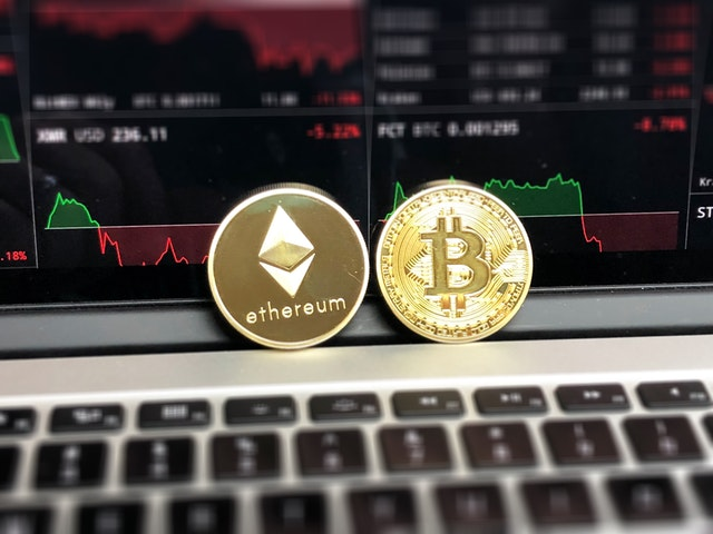 Inside the Bitcoin economy: Explaining the volatility of cryptocurrency exchange rates