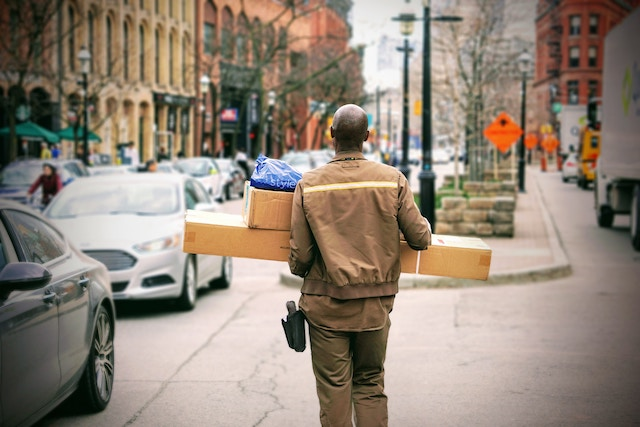 How to Increase Customer Engagement Through Packaging Inserts
